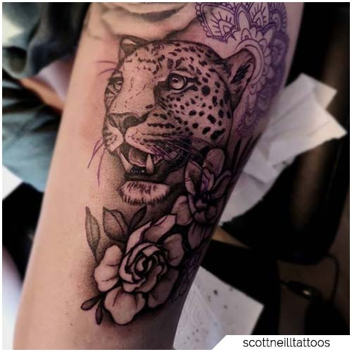 tattoo leopardo bianco e nero