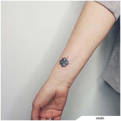 tattoo quadrifoglio polso