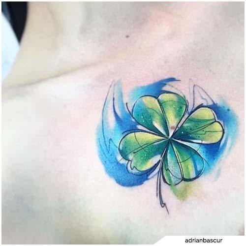 tattoo quadrifoglio sketch colorato