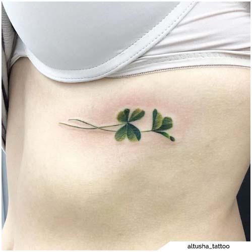 tattoo quadrifoglio costato