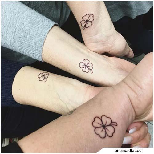tatuaggio quadrifoglio amicizia