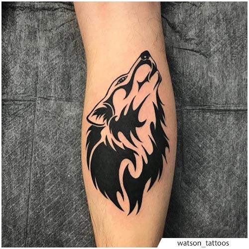 tatuaggio lupo tribale