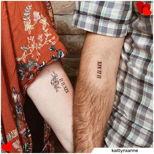 tatuajes para parejas con fecha romana