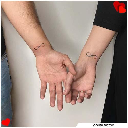 tatuajes para parejas con infinito