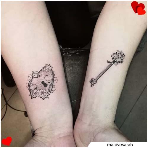 tatuaje de pareja de candado