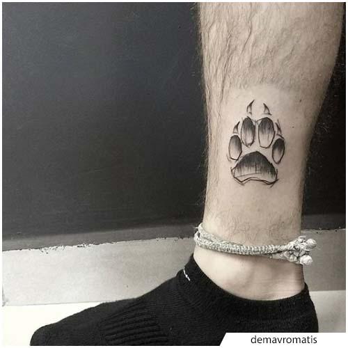 tatuaggio zampa di lupo