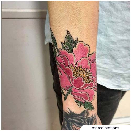 tattoo peonia rosa