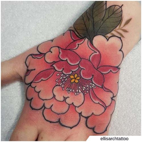 peonia tattoo mano