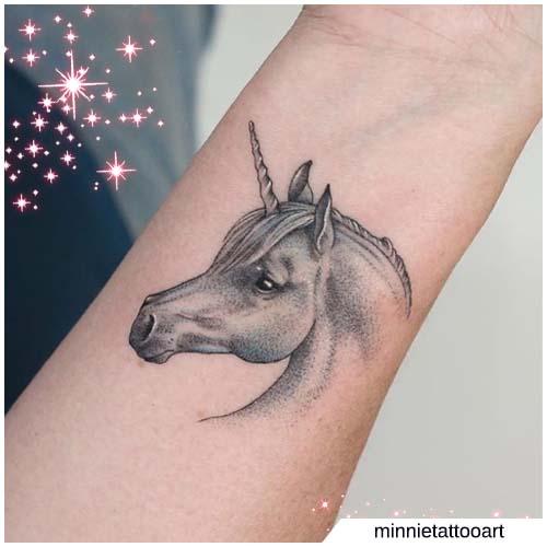 unicorno mini realistico
