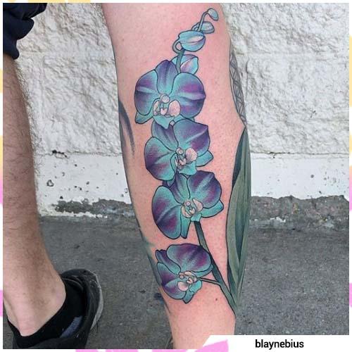 tatuaje de orquídea sombreada