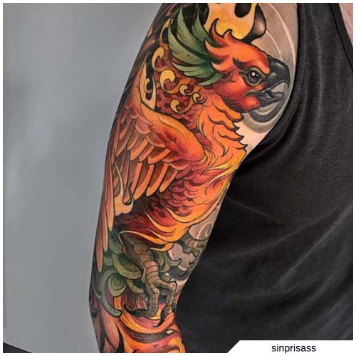 Ave Fenix Tatuaje new school brazo