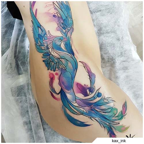tattoo fenice azzurra fianco