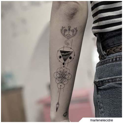 Tatuaggio freccia e altri di moda