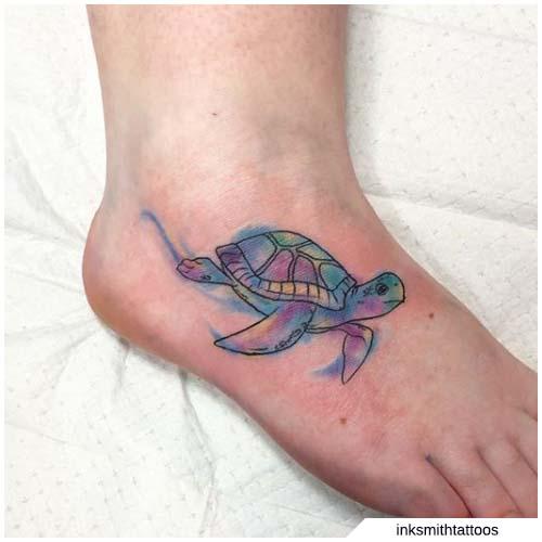 tatuaje de tortuga del pie