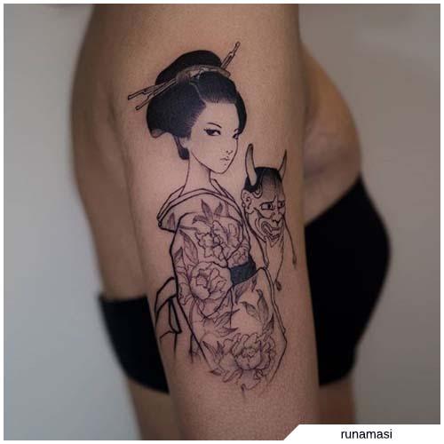 tatuaje de geisha blackwork
