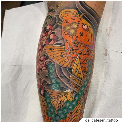 tatuaggio carpa koi giapponese arancione