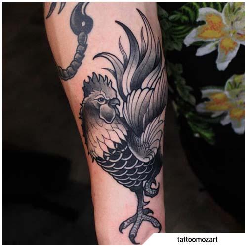 tatuaggio gallo new school bianco e nero