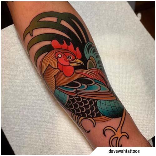 tatuaggio gallo braccio