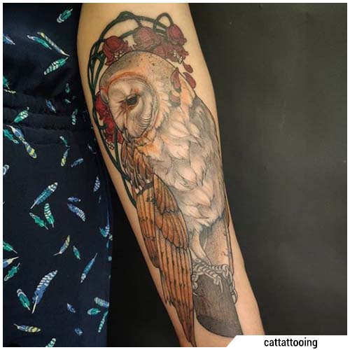 tatuaggio gufo braccio