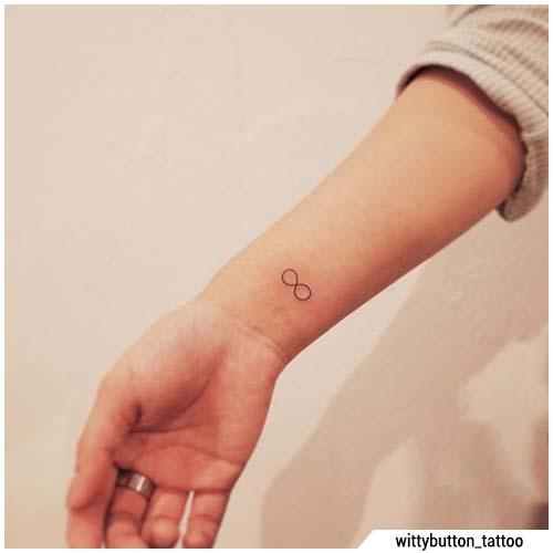 tatuaggi piccoli infinito