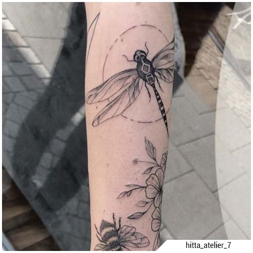tatuaggio liellula sketch blackwork