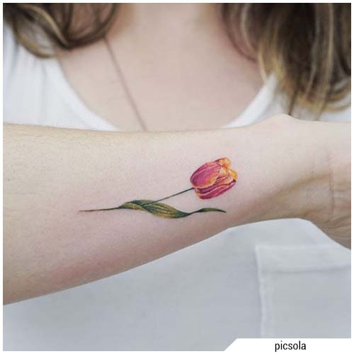 tulipán tatuaje de tulipán