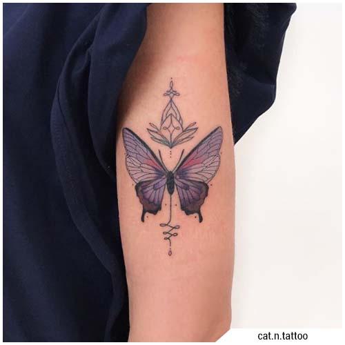 tatuajes de mujer mariposa