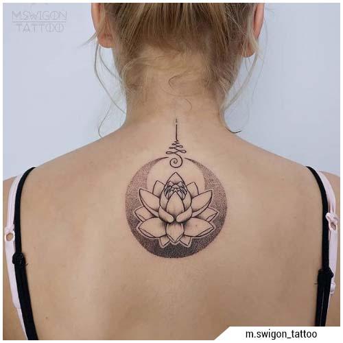 tatuaggi donna fiore di loto