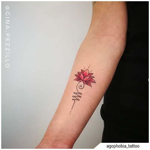 tatuaggi donna unalome