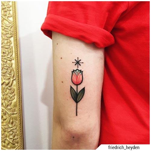 tatuaggio tulipano
