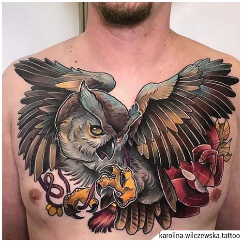 tatuajes hombre búho cofre