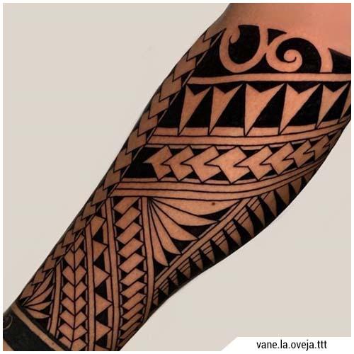 Tatuajes de hombre maorí