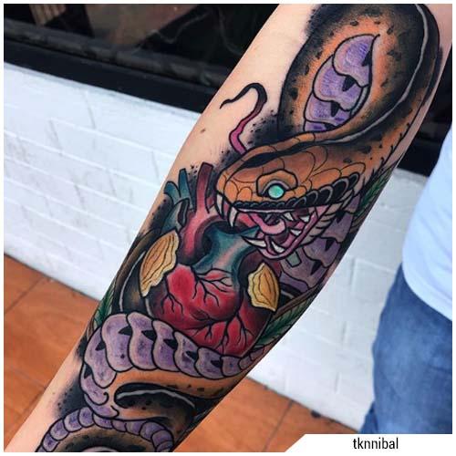 tatuaggi uomo serpente