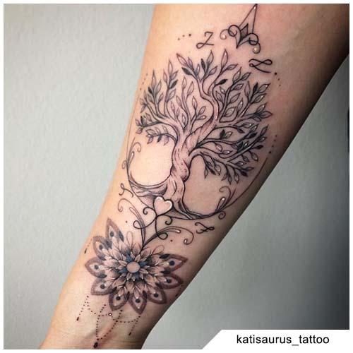 tatuaggio albero della vita mandala